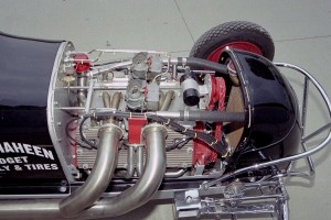 In post-war midget racing, a dual-carb, aftermarket heads V8-60 set-up like this was a common sight.