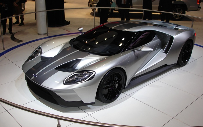 The New  Ford Gt Will Have A Twin Turbo  Horsepower V Instead Of