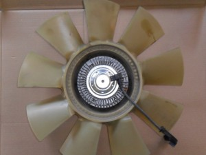 An electronic viscous fan clutch is ­controlled by the PCM of the 6.0L to control engine temperature. The valves in the clutch fan will open or close from commands from the PCM which will increase or decrease the fan speed.