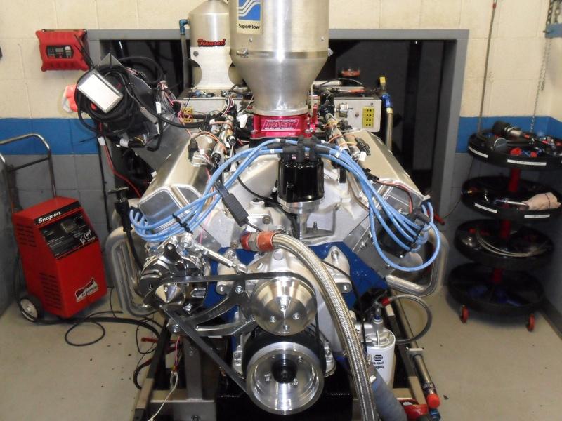 FE Dyno Pulls Show Benefits of Carburetors and EFI - Engine