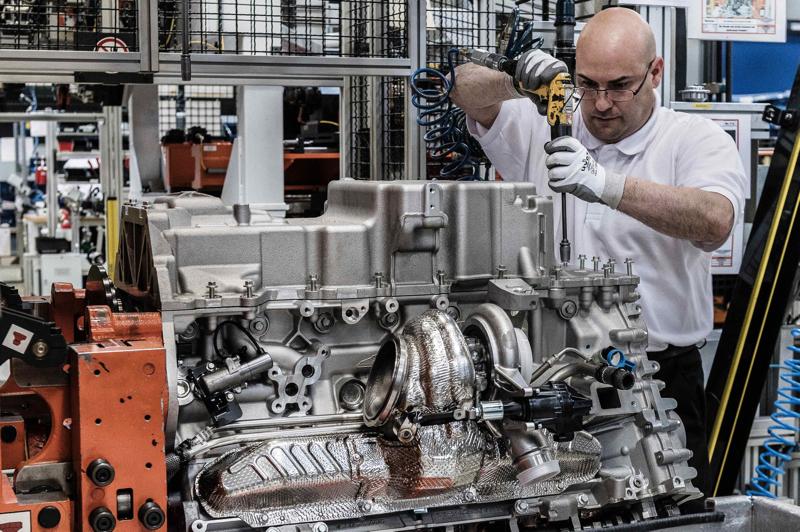 Aston Martin Koln Engine Plant Photo  (27)