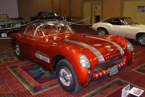 One of the sexiest cars to use the Pontiac straight eight was the 1954 Bonneville Special dream car. It had a fiberglass two-seat body, a canopy top It had a 268-cid that was painted bright red with chrome accents.