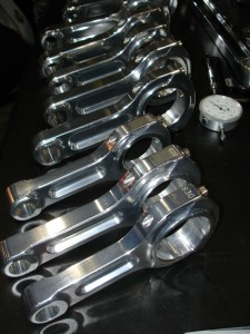 connecting rods unknown brand web 225x300 Replacing Crankshafts, Connecting Rods and Bearings by Authcom, Nova Scotia\s Internet and Computing Solutions Provider in Kentville, Annapolis Valley